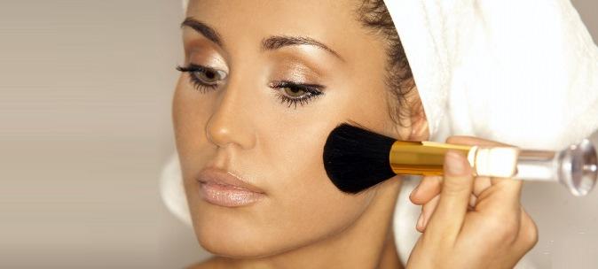 Как правильно наносить макияж в летнее время