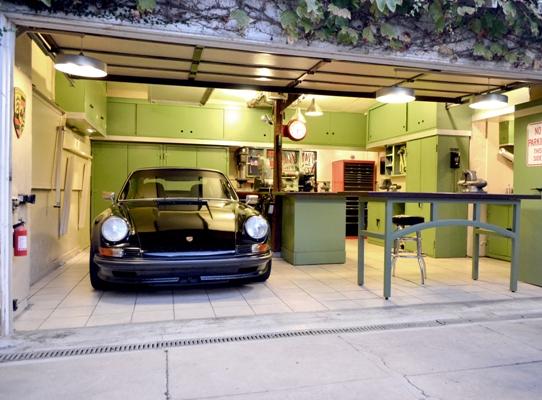 Интерьер гаража своими руками