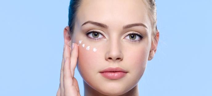 Уход за нежной и чувствительной кожей вокруг глаз