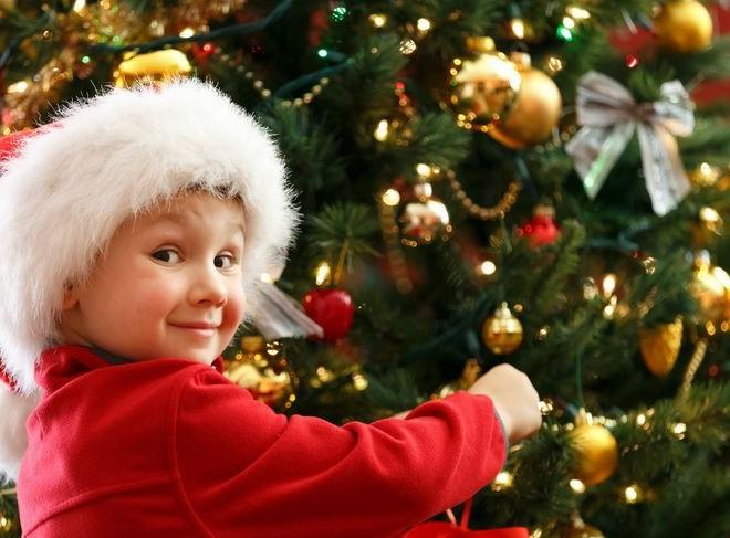 Необычные новогодние традиции для укрепления семьи